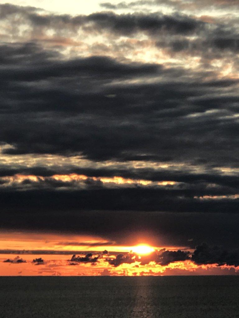 viking-line-sun-rise